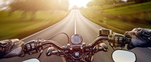 Find det rette navigationsudstyr til udflugten på motorcykel